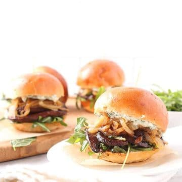 Vegan sliders with portobello and caramelized onion