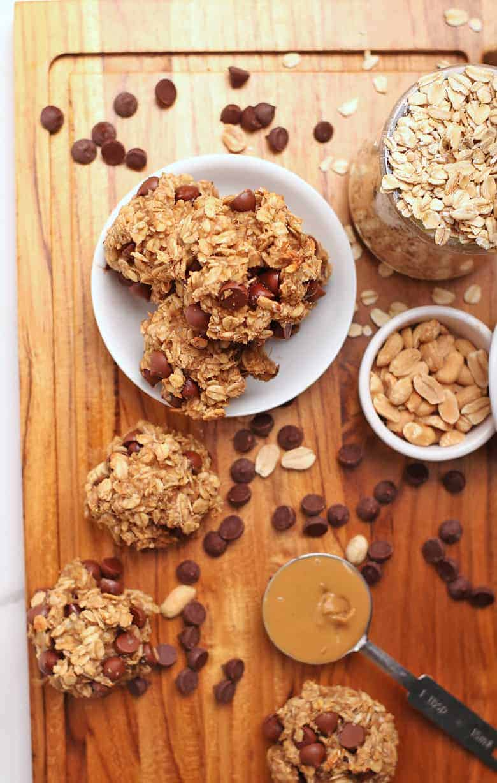 4-ingredient cookies on a wooden platter