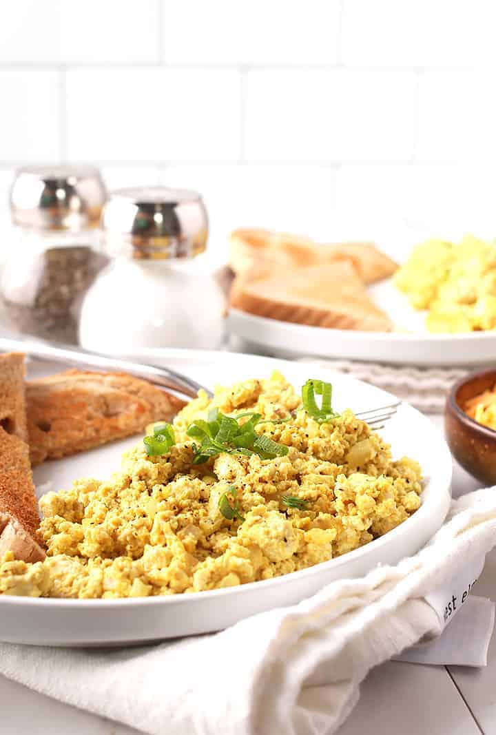 Tofu Scrambled Eggs with chives