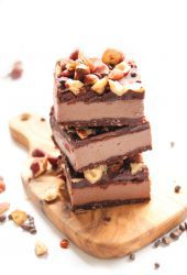 Vegan Chocolate Hazelnut Cheesecake Bars