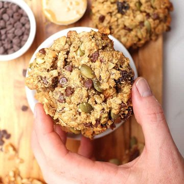 Vegan and gluten-free breakfast cookies