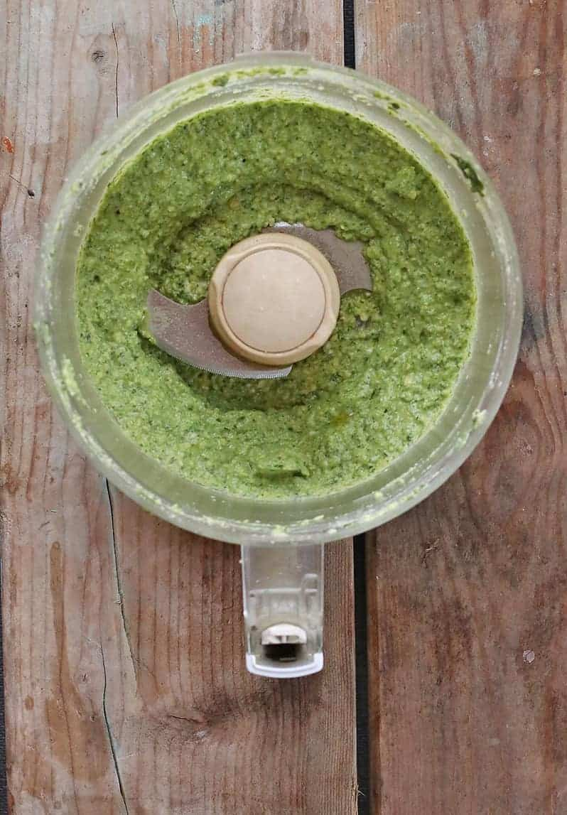 Vegan pesto in food processor