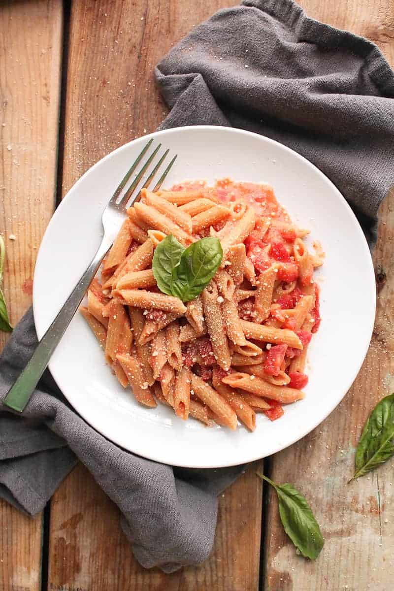 Penne pasta with Vegan Vodka Sauce