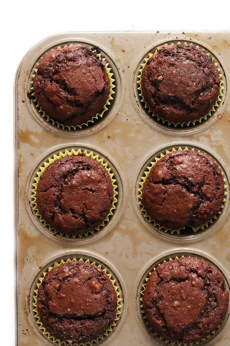 Vegan Chocolate Cupcakes with Chocolate Buttercream | My Darling Vegan
