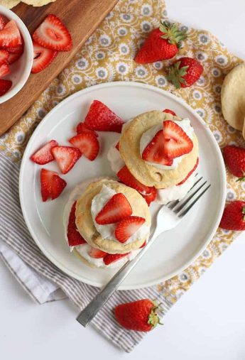Vegan Strawberry Shortcakes