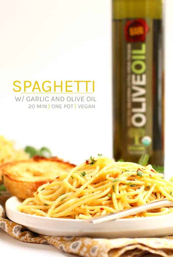 A simple and delicious meal, this vegan Spaghetti with Olive Oil and Garlic makes the perfect weeknight or special occasion dinner. #vegan #vegetarian #pasta #dinner #recipes #easyrecipes #bari #sponsored #mydarlingvegan