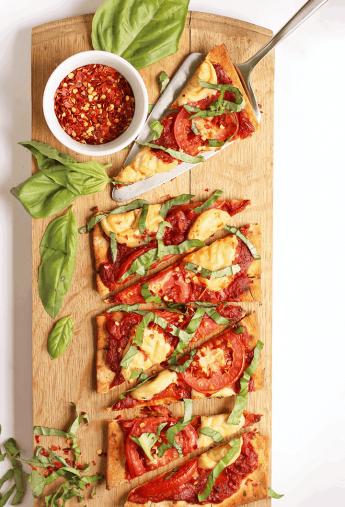 Grilled Vegan Pizza Margherita