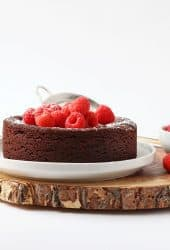 Vegan Flourless Chocolate Cake