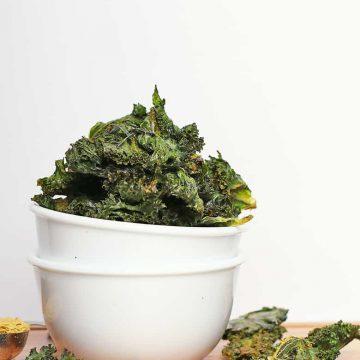 Bowl of vegan kale chips
