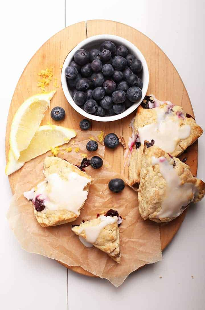 Vegan scones with fresh blueberries