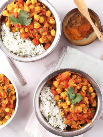 Two bowls of vegan Chana Masala