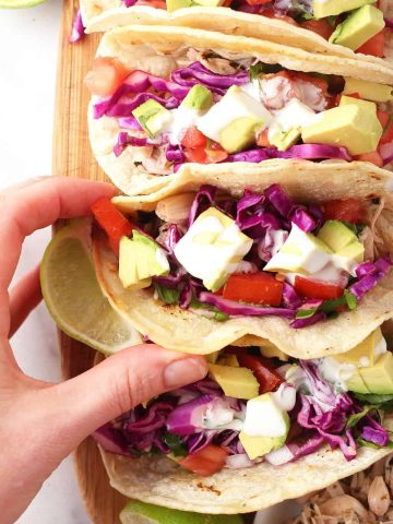 Vegan Fish tacos with tomato and cream sauce