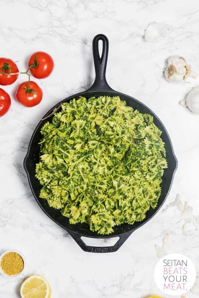 Kale Pesto Pasta in skillet