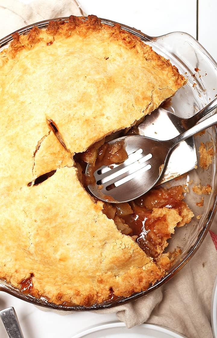 Whole apple pie in pie pan